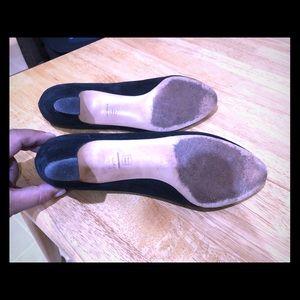Ferragamo Black low Heel suede shoes